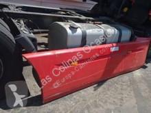 Reservdelar lastbilar Renault Premium Aileron pour tracteur routier 2 Lander 440.18 begagnad