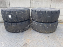 Goodyear 23.5-25 - Tyre/Reifen/Band tweedehands wiel