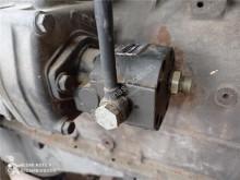 达夫重型卡车零部件 Pompe hydraulique pour camion 95 XF FA 95 XF 480 二手