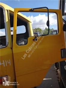 Części zamienne do pojazdów ciężarowych Nissan Porte pour camion EBRO L 80.09 używana