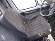 Siège Asiento Delantero Izquierdo pour camion MERCEDES-BENZ CLASE G (W461) 290 GD/G 290 D (461.337, 461.338) cabine / carrosserie occasion