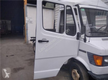 Reservdelar lastbilar nc Porte pour camion MERCEDES-BENZ CLASE G (W461) 290 GD/G 290 D (461.337, 461.338) begagnad