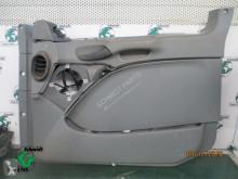 Équipement intérieur Mercedes A 943 720 95 00 deur plaat MP3 Rechts