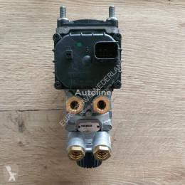 Teherautó-alkatrészek DAF Soupape pneumatique Voetremventiel pour tracteur routier neuve új