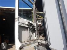 Pièces détachées PL Renault Magnum Vitre latérale PUERTA DELANTERO IZQUIERDA pour camion 480.18T occasion