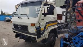 Repuestos para camiones MAN Vitre latérale pour camion 10.150 10.150 usado