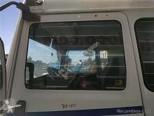 Pièces détachées PL Renault Vitre latérale pour camion Midliner M 180.10/C occasion
