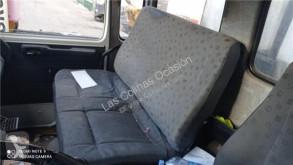 Repuestos para camiones Renault Siège pour camion Midliner M 180.13/C cabina / Carrocería usado