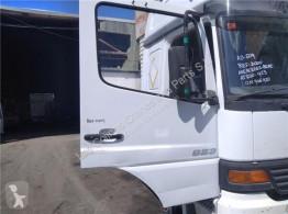 Pièces détachées PL Porte Puerta Delantera Derecha Mercedes-Benz ATEGO 923,923 L pour camion MERCEDES-BENZ ATEGO 923,923 L occasion