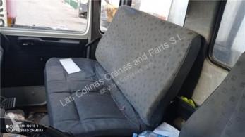 Renault Siège Asiento Delantero Derecho Midliner M 180.13/C pour camion Midliner M 180.13/C cabine / carrosserie occasion