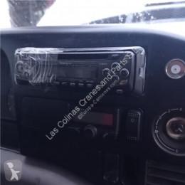 Piese de schimb vehicule de mare tonaj Volkswagen Autoradio Radio / Cd LT 28-46 II Caja/Chasis (2DX0FE) 2.8 TDI pour camion LT 28-46 II Caja/Chasis (2DX0FE) 2.8 TDI second-hand