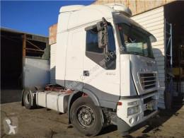 Repuestos para camiones Iveco Stralis Fixations Soporte Rueda Repuesto AS 440S48 pour tracteur routier AS 440S48 usado