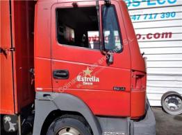Ricambio per autocarri Nissan Atleon Porte Puerta Delantera Derecha 140.75 pour camion 140.75 usato