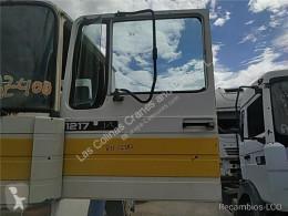 Peças pesados Pegaso Porte Puerta Delantera Izquierda COMET 1217.14 pour camion COMET 1217.14 usado