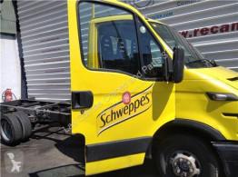 依维柯Daily重型卡车零部件 Porte Puerta Delantera Derecha III 35C10 K, 35C10 DK pour camion III 35C10 K, 35C10 DK 二手