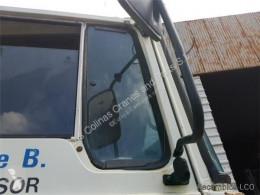 Repuestos para camiones Pegaso Vitre latérale LUNA Lateral Derecha EUROPA 1217.17 pour camion EUROPA 1217.17 usado