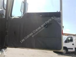Резервни части за тежкотоварни превозни средства Pegaso Porte GUARNECIDO PUERTA DELANTERO DERECHA EUROPA 1217.17 pour camion EUROPA 1217.17 втора употреба