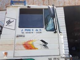 Teherautó-alkatrészek Pegaso Porte Puerta Delantera Derecha EUROPA 1217.17 pour camion EUROPA 1217.17 használt