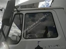 Piese de schimb vehicule de mare tonaj MAN Vitre latérale LUNA PUERTA DELANTERO IZQUIERDA M 90 12.232 169/170 KW FG Bad. pour camion M 90 12.232 169/170 KW FG Bad. 4250 PMA11.8 E1 [6,9 Ltr. - 169 kW Diesel] second-hand