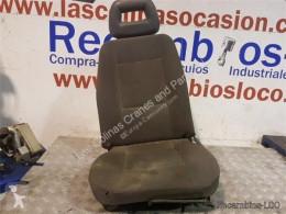 Cabine / carrosserie Nissan Cabstar Siège Asiento Delantero Izquierdo 35.13 pour camion 35.13