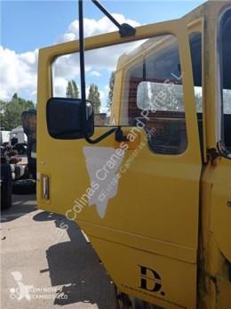 Ricambio per autocarri Nissan Porte Puerta Delantera Derecha EBRO L 80.09 pour camion EBRO L 80.09 usato