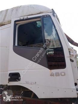 Pièces détachées PL Iveco Stralis Porte Puerta Delantera Derecha AS 440S48 pour camion AS 440S48 occasion