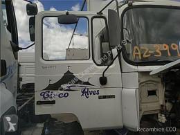 Teherautó-alkatrészek MAN Porte Puerta Delantera Derecha M 90 12.232 169/170 KW FG Bad. 4 pour camion M 90 12.232 169/170 KW FG Bad. 4250 PMA11.8 E1 [6,9 Ltr. - 169 kW Diesel] használt