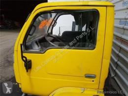 Reservedele til lastbil Nissan Cabstar Porte Puerta Delantera Izquierda 35.13 pour camion 35.13 brugt