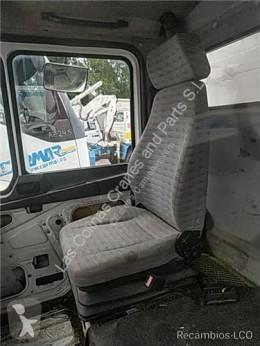 MAN Siège Asiento Delantero Derecho M 90 12.232 169/170 KW FG Bad. pour camion M 90 12.232 169/170 KW FG Bad. 4250 PMA11.8 E1 [6,9 Ltr. - 169 kW Diesel] cabine / carrosserie occasion