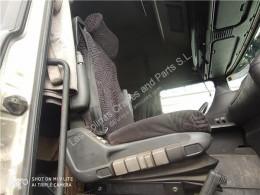Siège Scania Siège Asiento Delantero Derecho Serie 4 (P/R 164 L)(2001->) FG pour tracteur routier Serie 4 (P/R 164 L)(2001->) FG 480 (4X2) E3 [15,6 Ltr. - 353 kW Diesel]