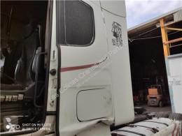 Repuestos para camiones Scania Aileron SPOILER LATERAL IZQUIERDO Serie 4 (P/R 164 L)(2001->) FG pour tracteur routier Serie 4 (P/R 164 L)(2001->) FG 480 (4X2) E3 [15,6 Ltr. - 353 kW Diesel] usado