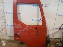 قطع غيار الآليات الثقيلة Renault Premium Porte Puerta Delantera Derecha pour tracteur routier مستعمل