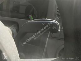 Teherautó-alkatrészek Volkswagen Commutateur de colonne de direction Mando Limpiaparabrisas T5 Transporter (7H)(04.2003->) pour véhicule utilitaire T5 Transporter (7H)(04.2003->) 1.9 Combi (largo) techo elevado [1,9 Ltr. - 62 kW TDI CAT (BRR)] használt