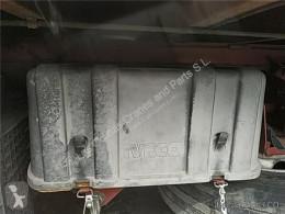 Ricambio per autocarri Iveco Eurocargo Boîtier de batterie Tapa Baterias tector Chasis (Modelo 100 E 18 pour camion tector Chasis (Modelo 100 E 18) [5,9 Ltr. - 134 kW Diesel] usato