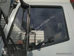 Pièces détachées PL Iveco Eurocargo Vitre latérale LUNA PUERTA DELANTERO IZQUIERDA tector Chasis (Mo pour camion tector Chasis (Modelo 100 E 18) [5,9 Ltr. - 134 kW Diesel] occasion