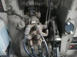 Repuestos para camiones Iveco Eurocargo Maître-cylindre de frein Bomba De Freno tector Chasis (Modelo 100 E 1 pour camion tector Chasis (Modelo 100 E 18) [5,9 Ltr. - 134 kW Diesel] usado