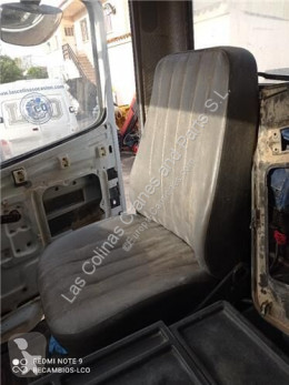Cabine/carrosserie Siège Asiento Delantero Derecho Mercedes-Benz MK 2527 B pour camion MERCEDES-BENZ MK 2527 B