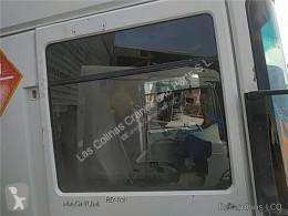 Pièces détachées PL Renault Magnum Vitre latérale LUNA PUERTA DELANTERO DERECHA DXi 13 500.18 T pour camion DXi 13 500.18 T occasion