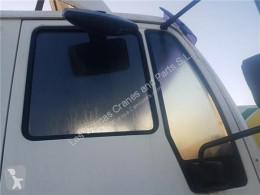 MAN Vitre latérale LUNA PUERTA DELANTERO DERECHA M2000L/M2000M 18.2X4 E2 FGFE MLC pour camion M2000L/M2000M 18.2X4 E2 FGFE MLC 18.284 E2 (E) [6,9 Ltr. - 206 kW Diesel] truck part used