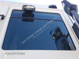 Renault Magnum Vitre latérale LUNA PUERTA DELANTERO DERECHA DXi 13 460.18 T pour tracteur routier DXi 13 460.18 T vitrage occasion