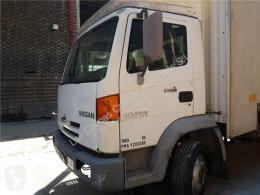 Ricambio per autocarri Nissan Atleon Porte Puerta Delantera Izquierda 165.75 pour camion 165.75 usato