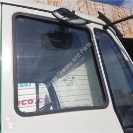 Pièces détachées PL MAN Vitre latérale LUNA PUERTA DELANTERO DERECHA M 2000 L 12.224 LC, LLC, LRC, LLRC pour camion M 2000 L 12.224 LC, LLC, LRC, LLRC occasion