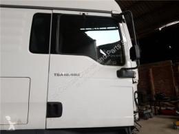 Repuestos para camiones MAN TGA Porte Puerta Delantera Derecha 18.480 FHLC pour camion 18.480 FHLC usado