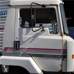 Ricambio per autocarri Nissan Porte Puerta Delantera Derecha M-Serie M110.14 pour camion M-Serie M110.14 usato