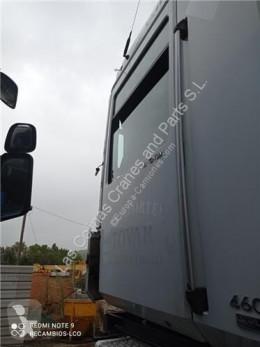 Części zamienne do pojazdów ciężarowych Renault Magnum Porte Puerta Delantera Izquierda DXi 13 460.18 T pour tracteur routier DXi 13 460.18 T używana