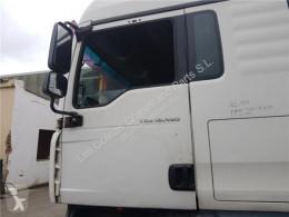 Запчасти для грузовика MAN TGA Porte Puerta Delantera Izquierda 18.480 FHLC pour camion 18.480 FHLC б/у
