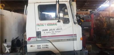 Pièces détachées PL Nissan Porte Puerta Delantera Derecha L - 45.085 PR / 2800 / 4.5 / 63 pour camion L - 45.085 PR / 2800 / 4.5 / 63 KW [3,0 Ltr. - 63 kW Diesel] occasion
