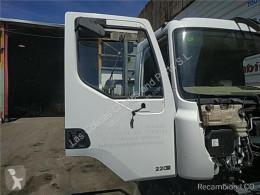 Pièces détachées PL Renault Midlum Porte Puerta Delantera Derecha 220.16 pour camion 220.16 occasion