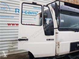 Pièces détachées PL MAN Porte Puerta Delantera Derecha M2000L/M2000M 18.2X4 E2 Chasis pour camion M2000L/M2000M 18.2X4 E2 Chasis LLC 18.284 E2 (E) [6,9 Ltr. - 206 kW Diesel] occasion