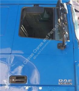 Pièces détachées PL DAF Porte Puerta Delantera Derecha XF 105 FA 105.460 pour camion XF 105 FA 105.460 occasion